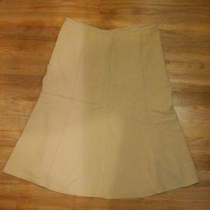 Spicewear Womans tan dress skirt medium